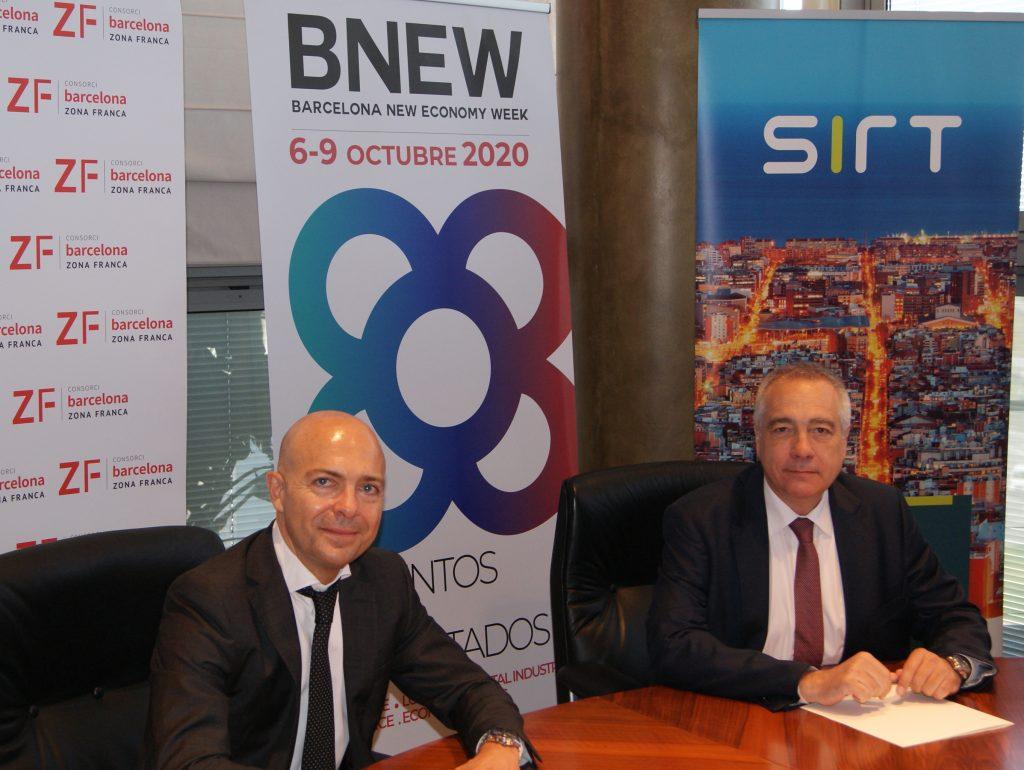 David Garriga, CEO y fundador de SIRT, junto a Pere Navarro, delegado especial del Estado en el Consorci de la Zona Franca de Barcelona (CZFB) y presidente de BNEW.